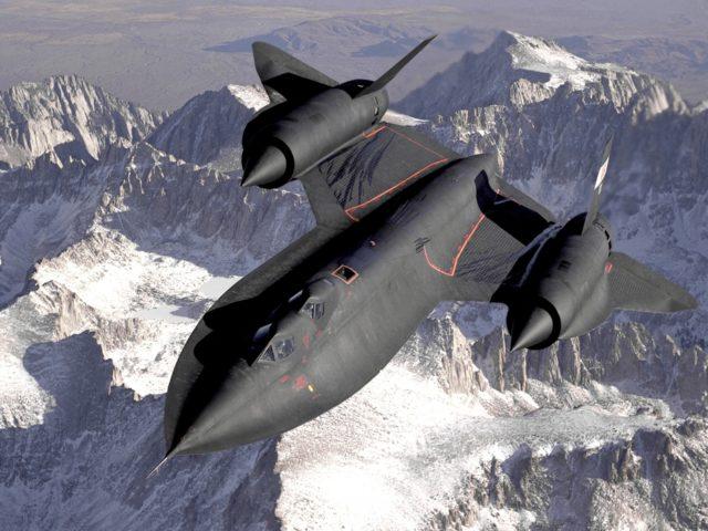 supersonic-fighter-63211_1920-640x480.jpg